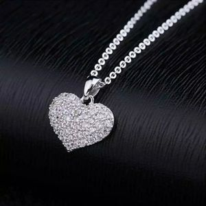 Heart Shape Crystal Choker Necklace White Gold